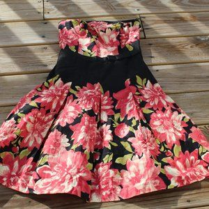 Speechless Strapless Floral Dress